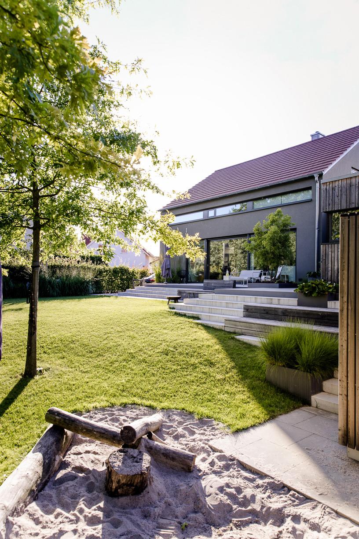 Haus-und-Garten-am-Bach-011
